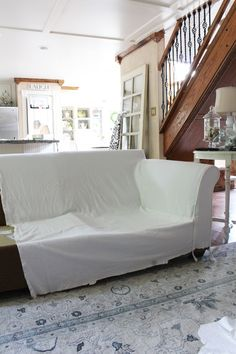 How to make a sectional slipcover, step-by-step with Confessions of a Serial Do-it-Yourselfer Sectional Covers, Sectional Slipcover, Armchair Slipcover, Sofa Covers, Cushions On Sofa, Slipcovers, Diy Furniture Redo, Reupholster Furniture, Furniture Upholstery