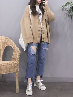 Korean Girl Fashion, Korean Fashion Trends, Ulzzang Fashion, Korea Fashion, Asian Fashion, Korean Street Fashion Summer, Chubby Fashion, Tokyo Fashion, 80s Fashion