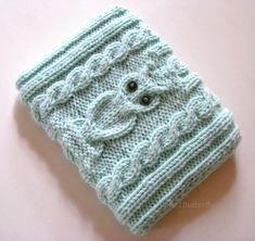 Kindle / Nook case hand knit in Light Aquamarine / Blue- Green