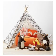 Let your little one's imagination run wild with the Southwestern Teepee - Pillowfort& This cute, design-minded fort is a great addition to your child's bedroom or playroom and is easily collapsible for quick storage and transport. Woodland Room, Woodland Nursery Decor, Woodland Theme, Deco Kids, Nursery Inspiration, Inspiration Boards, Baby Boy Nurseries, My New Room, Kid Beds