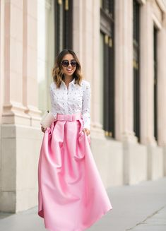petite fashion blog, lace and locks, los angeles fashion blogger, pink maxi ball gown skirt, chicwish skirt, valentine's day outfit, bow pumps, ysl white clutch