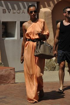 Love the Dress, even better with the Birkin!