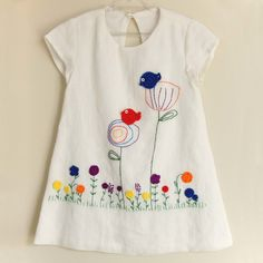 Fashion Kids, Party Fashion, Womens Fashion, Hand Embroidery Flowers, Hand Embroidery Stitches, Little Girl Dresses, Little Girls, Girls Dresses, Baby Dress Design