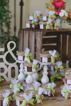 Un coloratissimo matrimonio sul lago | Wedding Wonderland