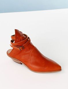 e6e0eaee3296 nylonpinksy. Walking TallShoe ...