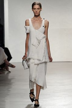 Proenza Schouler Spring 2016 Ready-to-Wear Fashion Show - Angel Rutledge