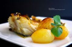 Bacalhau Assado no Forno com Batata Tapas, Portuguese Recipes, Portuguese Food, Cod Fish, Recipe Sites, Fish Dishes, Baked Potato, Potato Salad, Seafood