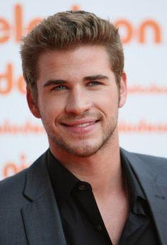 Liam Hemsworth men