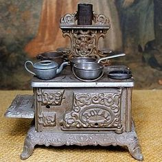 Cast Iron Toy Stove with Iron Pots ~ Salesman's Sample #dollshopsunited