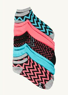Chevron Ankle Socks-love these kinds of socks! Lace Socks, Pink Socks, My Socks, Cool Socks, Ankle Socks, Happy Socks, Fashion Socks, Sock Shoes, Chevron