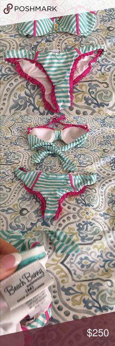 Beach Bunny bikini only worn a few times👙💕👙 Super sexy and cute beach bunny swimwear bikini Beach Bunny Swim Bikinis