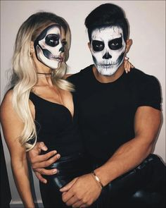 70 Genius Couples Halloween Costumes 70 Genius Couples Halloween Costumes My happy Buddha MyhappyBuddha Halloween Make up Whatever your age Halloween is a great time nbsp hellip Different Halloween Costumes, Cute Couple Halloween Costumes, Cute Halloween Makeup, Halloween Makeup Looks, Scary Halloween, Skeleton Halloween Costume, Women Halloween, College Couple Costumes, Diy Halloween Costumes