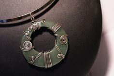 green agate necklacein handmadewire wrapped jewelry por BeyhanAkman pendant donut
