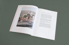 Das Bus Journal ist eine selbst initiierte Publikation über das Entdecken einer Stadt mit dem Bus. In jeder Ausgabe erkunden unterschiedliche Schriftsteller, Künstler, Fotografen und andere Kreative eine bestimmte Stadt. Ziel ist es einen Einblick in das ganz alltägliche Leben zu erhalten. Die erste Ausgabe ist in Istanbul entstanden und kombiniert geschriebene Tagebucheinträge mit Fotografien. [...]
