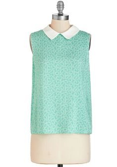 You've Gotta Have Fronds Top. You're rather 'frond' of this pale-turquoise top and its white curling leaf print. #green #modcloth