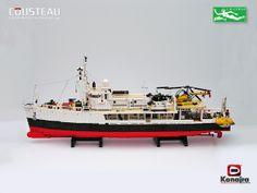 Ship Calypso of Capt. Lego City, Bateau Lego, Lego Boat, Lego Ship, Lego Builder, Lego Worlds, Cool Lego Creations, Lego Projects, Custom Lego