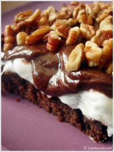 Sweet Treats: Easy Mississippi Mud Brownies Recipe ~ It is super rich, gooey, sweet, chewy and delicious! Brownie Recipes, Cookie Recipes, Dessert Recipes, Just Desserts, Delicious Desserts, Yummy Food, Summer Desserts, Yummy Yummy, Chocolates
