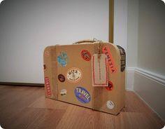 Packaging en forma de maleta vintage / Packaging suitcase vintage