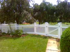 Vinyl Fences Archives - Frederick Fence | Residential and ...