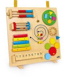 Ein multifunktionales Naturspielzeug für Ihr Baby oder Kleinkind! 8 tolle und verschiedene Funktionen bietet dieses Spielzeug. Jede davon übt die motorischen Fähigkeiten des Kindes. Ob Formen, Klänge, Abakus oder Rotation, bei diesem Holzspielzeug ist für jedes was dabei. Großer Spaß mit Lerneffekt!ca. 47 x 20 x 48 cmWarnhinweiseACHTUNG! Nicht für Kinder unter 18 Monaten geeignet! Bitte vor jedem Gebrauch auf Beschädigungen überprüfen! Bitte bewahren Sie diesen Hinweis für eine eventuelle…