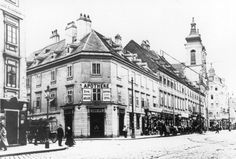"""The """"Augustiner apartment house"""" on the corner Rochusgasse/Landstrasser Hauptstrasse around 1912. Ludwig van Beethoven lived in the previous house from 1820 to 1822. Maui, Austria, Photographs, Street View, History, Architecture, Beautiful, Vintage, Vienna"""
