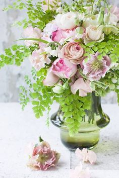 Jardin de illony - spring green surrounds pink mix