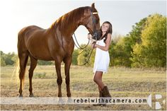 Senior portraits in Austin with Morgan Jones from Ohio at the studio, hen downtown and at a horse stable near ABIA