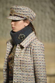 20c25ad62dc Chanel Métiers D art Pre-Fall 2018 Chanel Hat