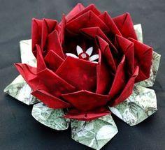 folding paper lotus