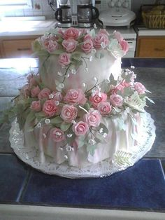 Cake Looks To Pretty To Eat