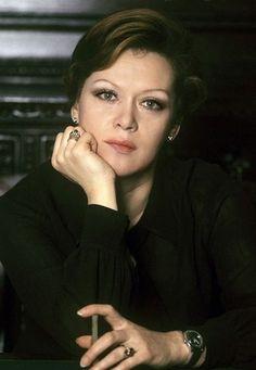 Алиса Фрейндлих, Народная артистка СССР