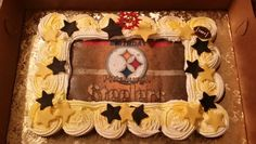 Pittsburg Steelers theme cupcake pull aparts with buttercream icing and fondant stars and sugar sheet