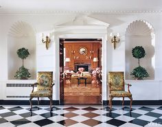 """By now you have undoubtedly seen Tory Burch's incredible 1929 Southampton home """"Westerly"""" as featured in the October 2017 issue of Architectural Digest… It has been making w… Hamptons House, The Hamptons, South Hampton, Interior And Exterior, Interior Design, Interior Decorating, Stylish Interior, Decorating Ideas, Modern Interior"""