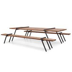 """Moderne """"Bierbank"""" die Tischbeine können ohne Montage abgenommen werden und Tisch und Bank können platzsparend verstaut werden"""