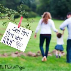 Trendy Baby Reveal Ideas For Family Announce Pregnancy Big Sisters Second Baby Announcements, Creative Pregnancy Announcement, Baby Announcement Pictures, Pregnancy Announcements, Second Child Announcement, Baby Number 2 Announcement, Big Brother Announcement, Family Maternity Photos, Pregnancy Photos