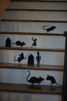 Lifey as a DIY wifey: Nutcracker Christmas Stairway Silhouettes  I. NEED. THIS. NOW. love the nutcracker!!!