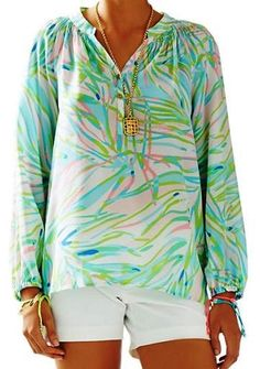 Lilly Pulitzer NWT Elsa Skye Blue Salute Top Style #41773 $158 #LillyPulitzer #Vneck