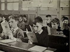 Fadó Fadó: Irish Memory: Young Dublin, Old Dublin and Dublin Street, Ireland Pictures, Young Lad, Irish Boys, Vintage School, School Memories, School Pictures, Old Photos, Counseling