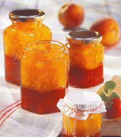Confiture fraises-pêches Canning Recipes, Hot Sauce Bottles, Preserves, Pickles, Peanut Butter, Deserts, Jar, Sweets, Fish