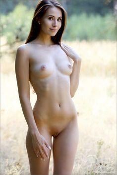 Amatuer nude photo gallery