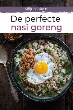 Nasi Goreng, Vegetarian Recipes, Healthy Recipes, Asian Recipes, Ethnic Recipes, Food N, Rice Bowls, Evening Meals, Bruschetta