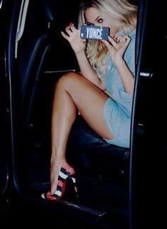 Beyoncé In Christian Louboutin So Kate Striped Watersnake Pumps #Louboutins