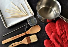 Specialty Kitchen Tools, Caramel Coat, Candy Thermometer, Best Candy, Toasted Pecans, Kraft Recipes, Granny Smith, Fall Treats, Mini Chocolate Chips
