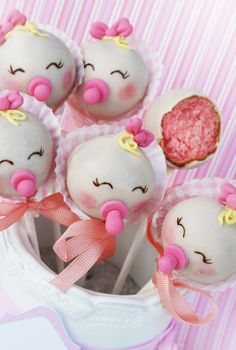 We just made this delicious cake pops for a babyshower