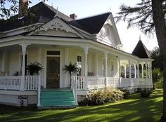 Love the wrap around porch :) :))