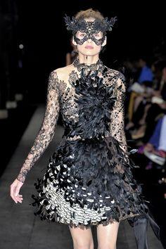 Valentino Fall 2009 Couture by Maria Grazia Chiuri and Pier Paolo Piccioli