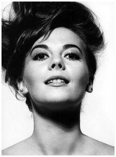Natalie Wood, photo by Bert Stern, Vogue, 1964