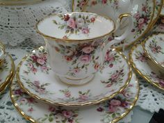 Royal Albert Garden Roses Tea Cup and Saucer