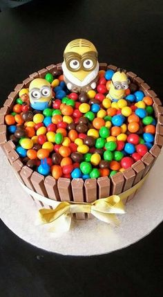 Minion Kit Kat Cake | The WHOot
