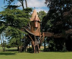 I didn't have a tree house as a child so I'd like to make up for it as an adult and have this one please